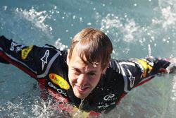 F1: Sebastian Vettel, Red Bull Racing in the pool