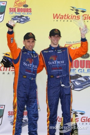 Victory lane: 1st Place DP #10 SunTrust Racing Chevrolet Dallara: Max Angelelli, Ricky Taylor
