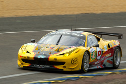 #66 JMW Motorsport Ferrari 458 Italia: Rob Bell, Tim Sugden, Xavier Maasen