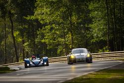 #20 Quifel - ASM Team Zytek 09 SC: Miguel Amaral, Olivier Pla, Warren Hughes, #70 Larbre Competition Porsche 911 RSR: Christophe Bourret, Pascal Gibon, Jean-Philippe Belloc