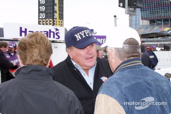 A.J. Foyt supporting the NYPD