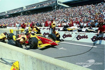 Pitstop competition: Scott Sharp and Jimmy Vasser