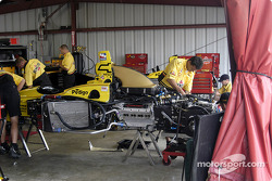 Panther Racing crew repair Sam Hornish Jr.'s car