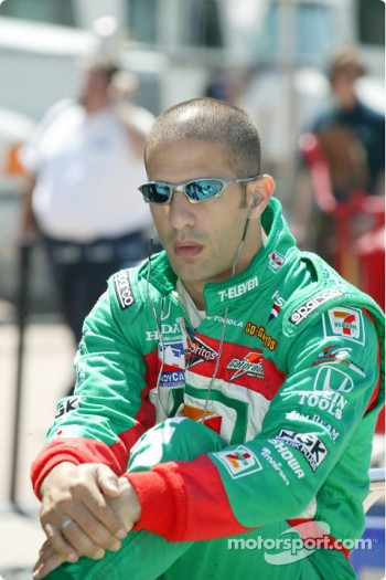 Tony Kanaan, driver of the #11 7-11 Andretti Green Racing