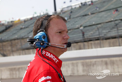 Chip Ganassi Racing Team crew member