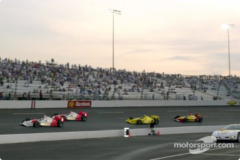 Start of the IRL race at Richmond
