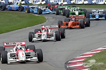 Team Penske leads the start