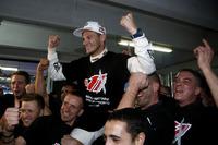 DTM Photos - Le Champio Marco Wittmnn, BMW Team RMG, fête son titre avec son équipe
