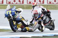 Moto3 Photos - Accident pour Lorenzo Petrarca, 3570 Team Italia