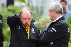 (L to R): Frederic Vasseur, Renault Sport F1 Team Racing Director with Jerome Stoll, Renault Sport F1 President