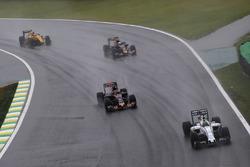 Felipe Massa, Williams FW38, Daniil Kvyat, Scuderia Toro Rosso STR11, Carlos Sainz Jr., Scuderia Toro Rosso STR11, Jolyon Palmer, Renault Sport F1 Team RS16