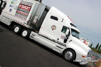 Ganassi Racing transporter arriving