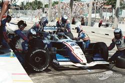 Michael Andretti pits