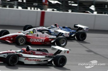 The start: Tony Kanaan, Bruno Junqueira and Michael Andretti
