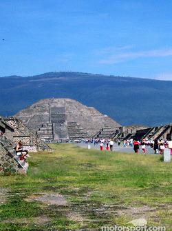 Visit at Teotihuacan pyramids