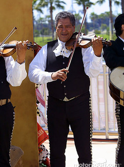 Live entertainment by a mariachi band