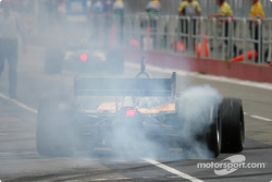 Pitstop practice for Oriol Servia, take 1