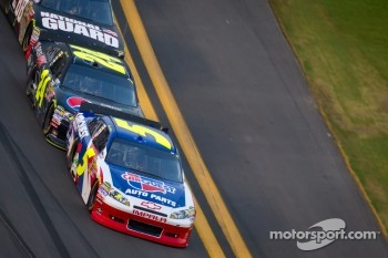 Mark Martin, Hendrick Motorsports Chevrolet and Jeff Gordon, Hendrick Motorsports Chevrolet