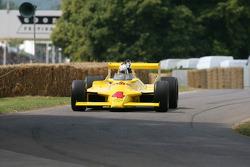 Dan Wheldon: Chaparral Cosworth 2K
