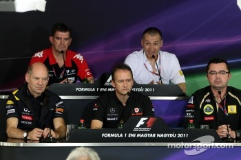 Adrian Newey, Red Bull Racing, Technical Operations Director, Graeme Lowden, Virgin Racing director of racing, Jonathan Neale, McLaren, Bob Bell, Eric Boullier, Team Principal, Lotus Renault GP