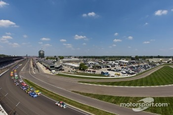 NASCAR drivers to chase victory at the Curtiss Shaver 400 next week