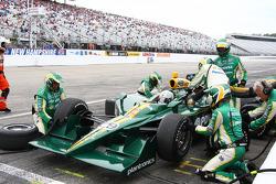Pit stop for EJ Viso, KV Racing Technology-Lotus