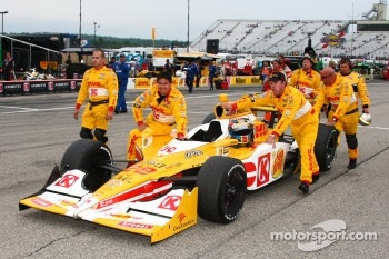 The winning team of Ryan Hunter-Reay, Andretti Autosport