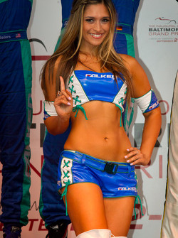 GT podium: a charming Flaken Tire girl