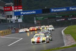 #33 Hankook Porsche: Masami Kageyama, Tomonobu Fujii