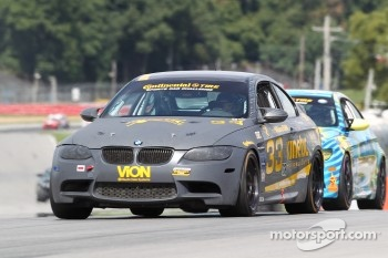 #33 Kinetic Motorsports BMW M3 Coupe: Jade Buford, Ben Clucas