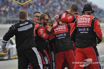 Stewart-Haas Racing Chevrolet team members celebrate
