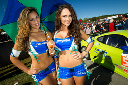 The charming Falken Tires girls