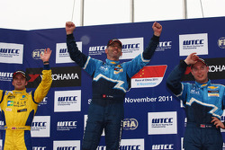 Alain Menu, Chevrolet Cruze 1.6T, Chevrolet race winner, Colin Turkington, Chevrolet Cruze 1.6T, Chevrolet 3rd position