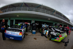 Cars of Jimmie Johnson, Hendrick Motorsports Chevrolet and Carl Edwards, Roush Fenway Racing Ford