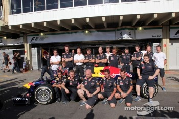 Sebastian Vettel, Red Bull Racing with his team