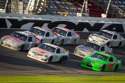 Kasey Kahne, Hendrick Motorsports Chevrolet, Joey Logano, Joe Gibbs Racing Toyota, Danica Patrick, Stewart-Haas Racing Chevrolet
