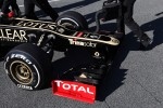 Kimi Raikkonen, Lotus Renault F1 Team front wing