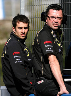 Eric Boullier, Team Principal, Lotus Renault GP and Nicolas Prost (FRA)