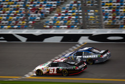 Kurt Busch, Phoenix Racing Chevrolet, Kasey Kahne, Hendrick Motorsports Chevrolet