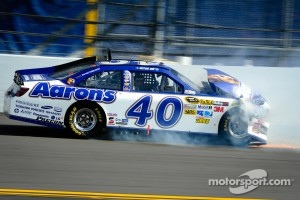 Michael Waltrip, Michael Waltrip Racing Toyota crashes