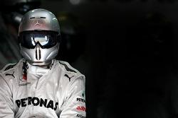Mercedes GP mechanic