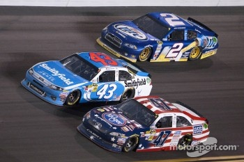 Bobby Labonte, JTG Daugherty Racing Toyota, Aric Almirola, Richard Petty Motorsports Ford and Brad Keselowski, Penske Racing Dodge