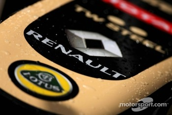 Renault atmosphere, Lotus F1 Team