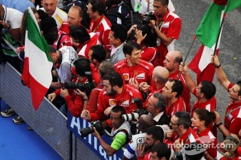 Ferrari team celebrate at parc ferme after Fernando Alonso, Ferrari won the race