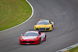 #69 AIM Autosport Team FXDD Racing Ferrari 458: Emil Assentato, Jeff Segal