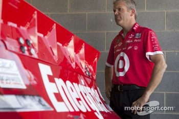 Juan Pablo Montoya, Earnhardt Ganassi Racing Chevrolet crew member