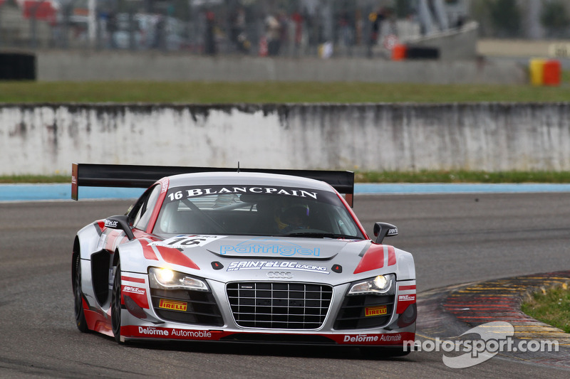 #16 Sainteloc Racing Audi R8 LMS: Gregory Guilvert, Marc Sourd