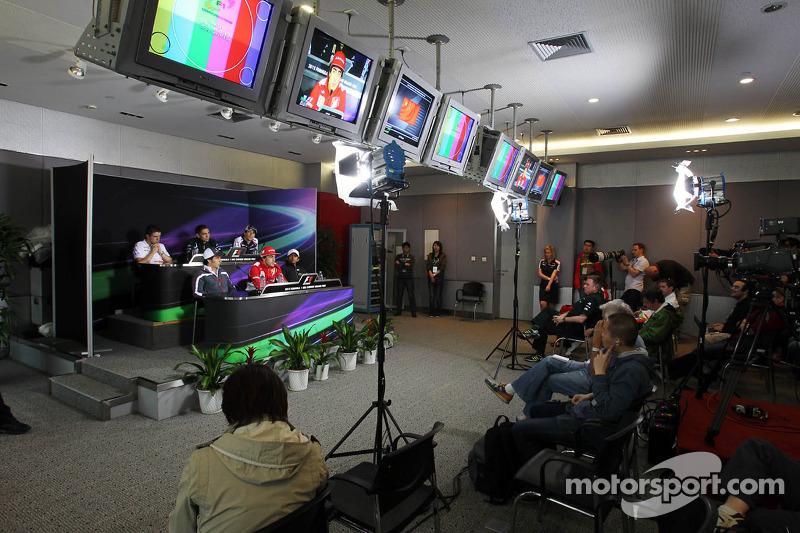 The FIA Press Conference, Sahara Force India F1; Vitaly Petrov, Caterham; Bruno Senna, Williams; Sergio Perez, Sauber F1 Team; Fernando Alonso, Scuderia Ferrari; Narain Karthikeyan, Hispania Racing F1 Team