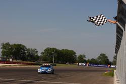 Robert Huff, Chevrolet Cruze 1.6T