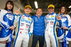 GT500 pole winners Ryo Michigami and Yuki Nakayama celebrate with Satoru Nakajima